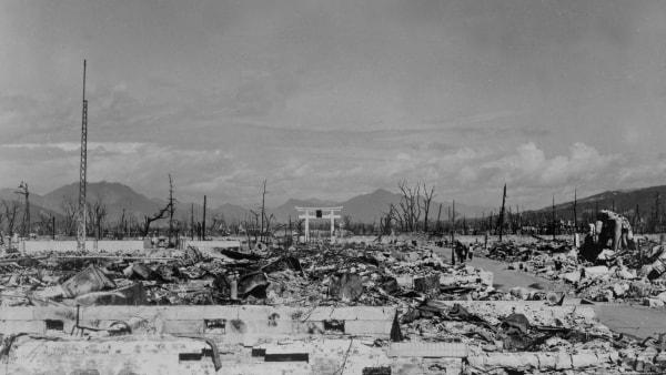 Debat: 75 år efter Hiroshima - Forbyd atomvåben