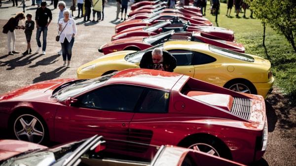 Sønner overtager eksklusiv bilsamling