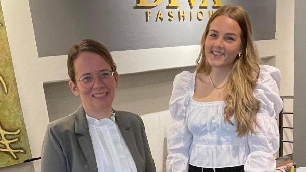 Tragisk dødsulykke gav skubbet: Mor og datter overtager veletableret tøjforretning
