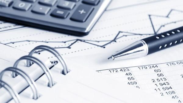 Hovmark Data Ap: Holder fast i et overskud