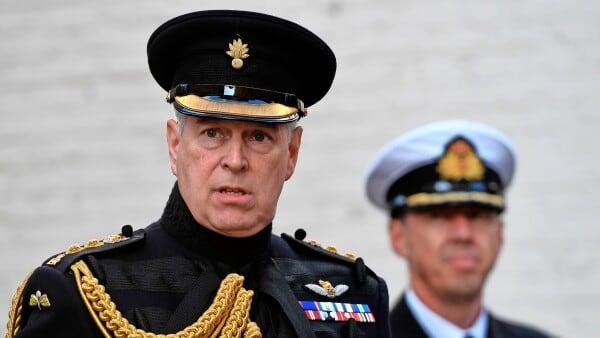 Prins Andrew: 60 år og i store problemer