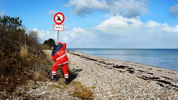 Strand undgår udvidet badeforbud efter nye prøver